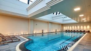 실내 수영장, 야외 수영장, 무료 카바나, 수영장 파라솔