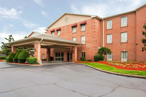 Quality Inn & Suites Germantown North