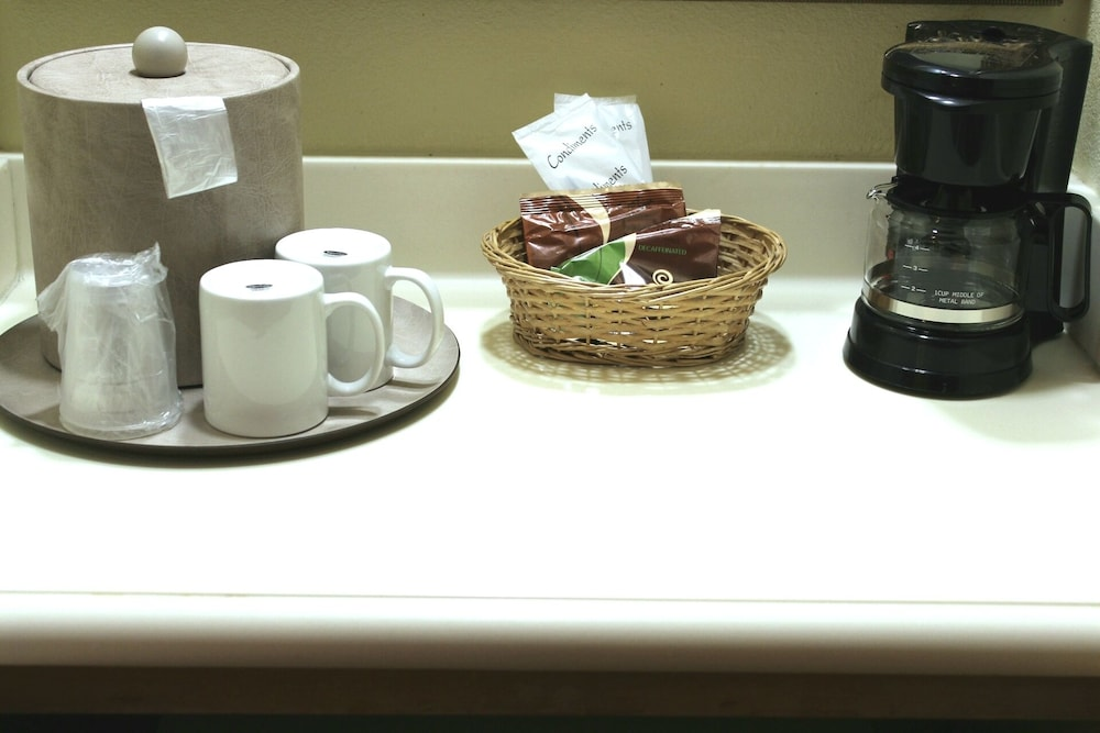 Coffee and/or Coffee Maker, Monumental Hotel Orlando