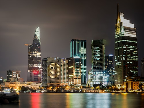 西贡河滨万丽酒店