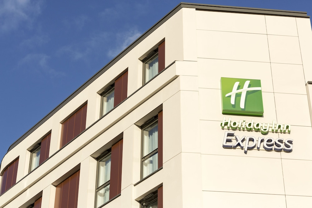 Front of Property, Holiday Inn Express London - Southwark