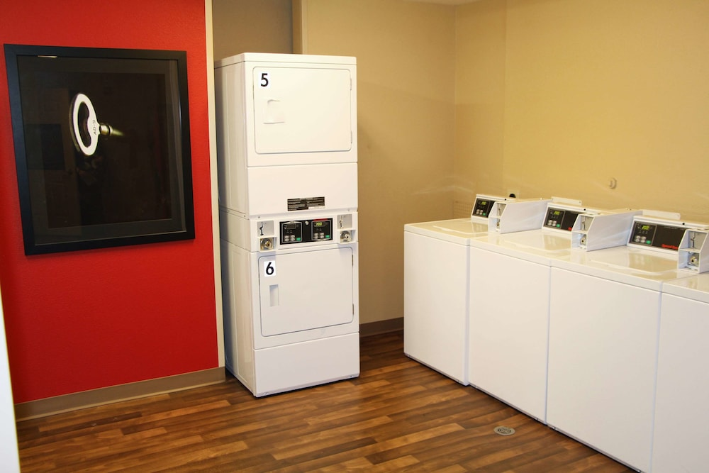Laundry Room, Extended Stay America Portland - Hillsboro