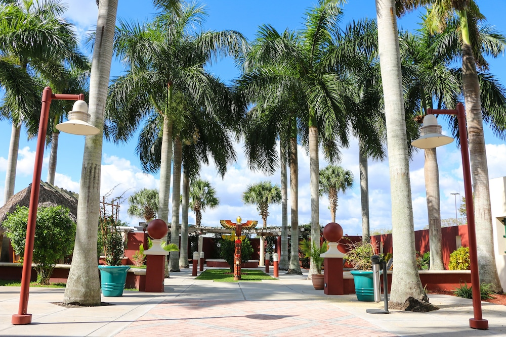 Terrace/Patio, Miccosukee Resort and Gaming