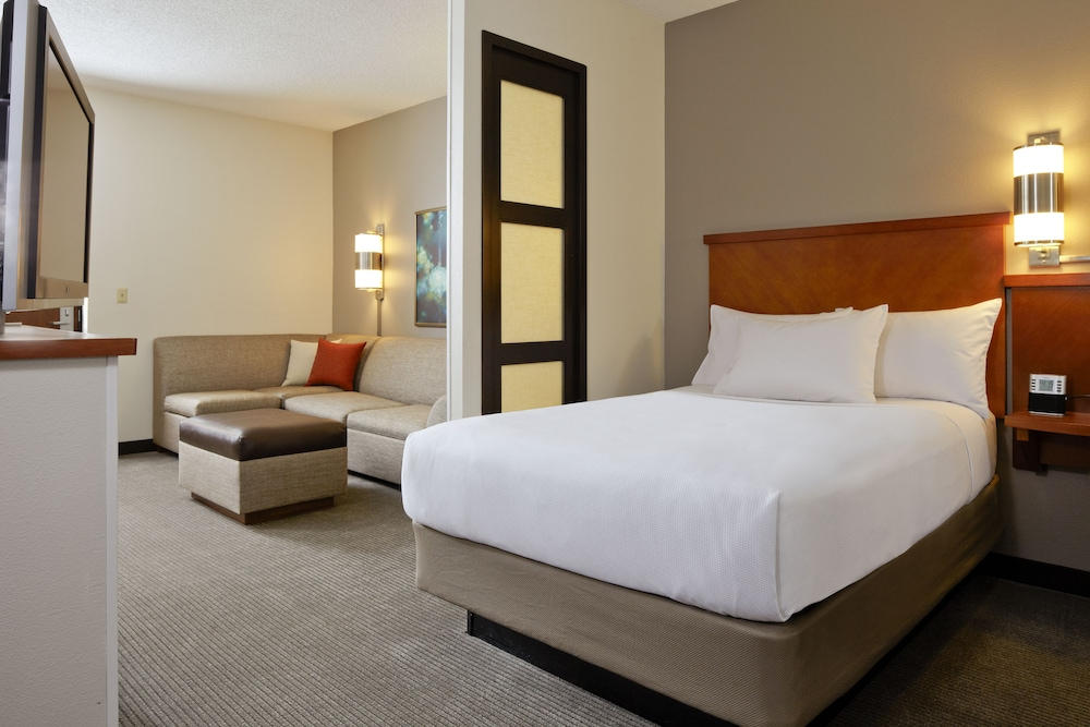 Room, Hyatt Place Dulles Airport North
