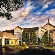 The Lotus Suites at Midlane-Gurnee/Waukegan