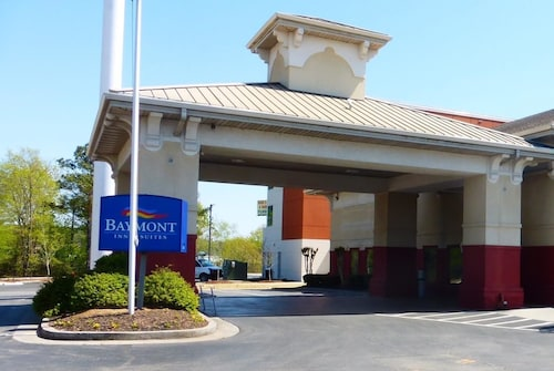 Check Expedia for Availability of Baymont Inn & Suites Calhoun