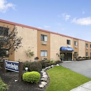 Travelodge Cleveland Lakewood