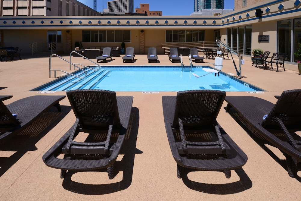 Rooftop Pool, Courtyard by Marriott Fort Worth Downtown/Blackstone