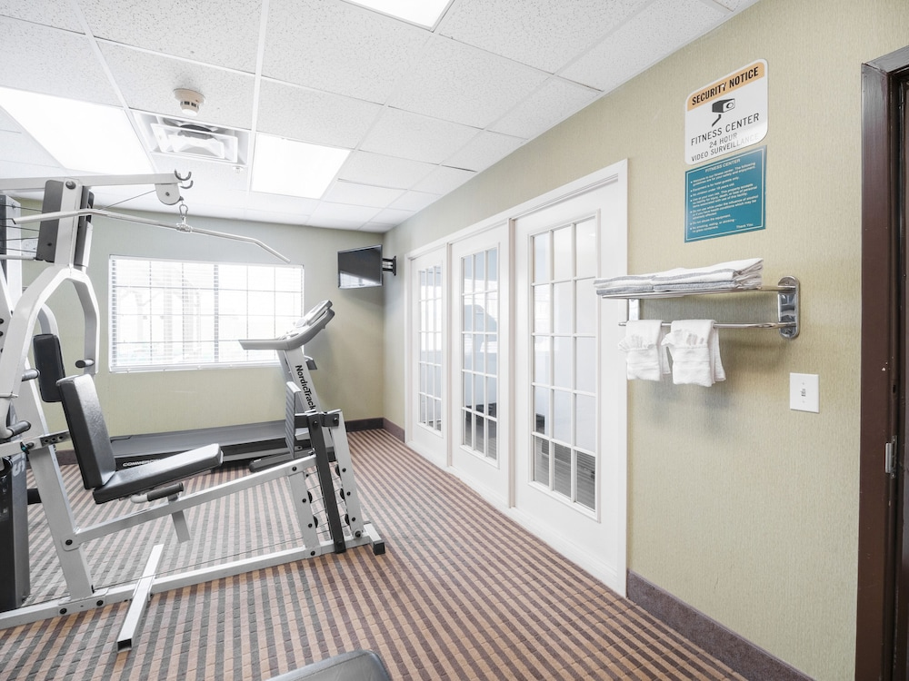 Fitness Facility, Baymont by Wyndham Houston North