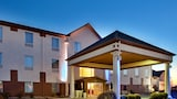 Baymont Inn & Suites Highland - Highland Hotels