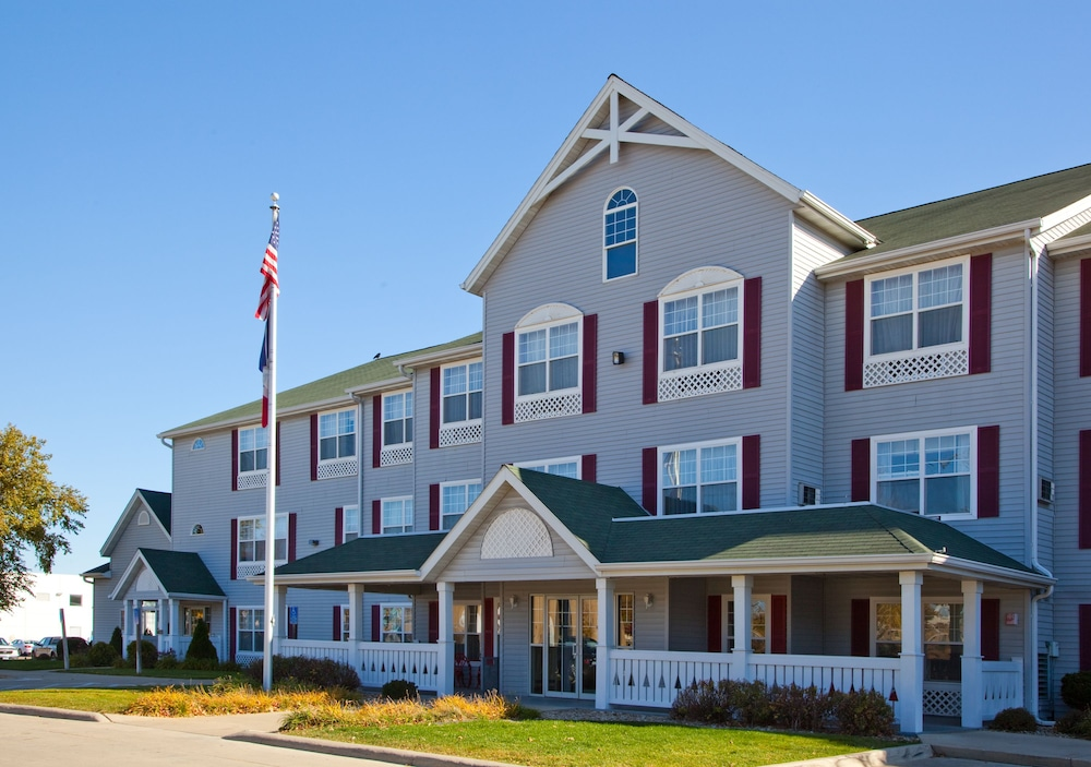 Country inn suites by carlson reviews photos rates for Hotels waterloo