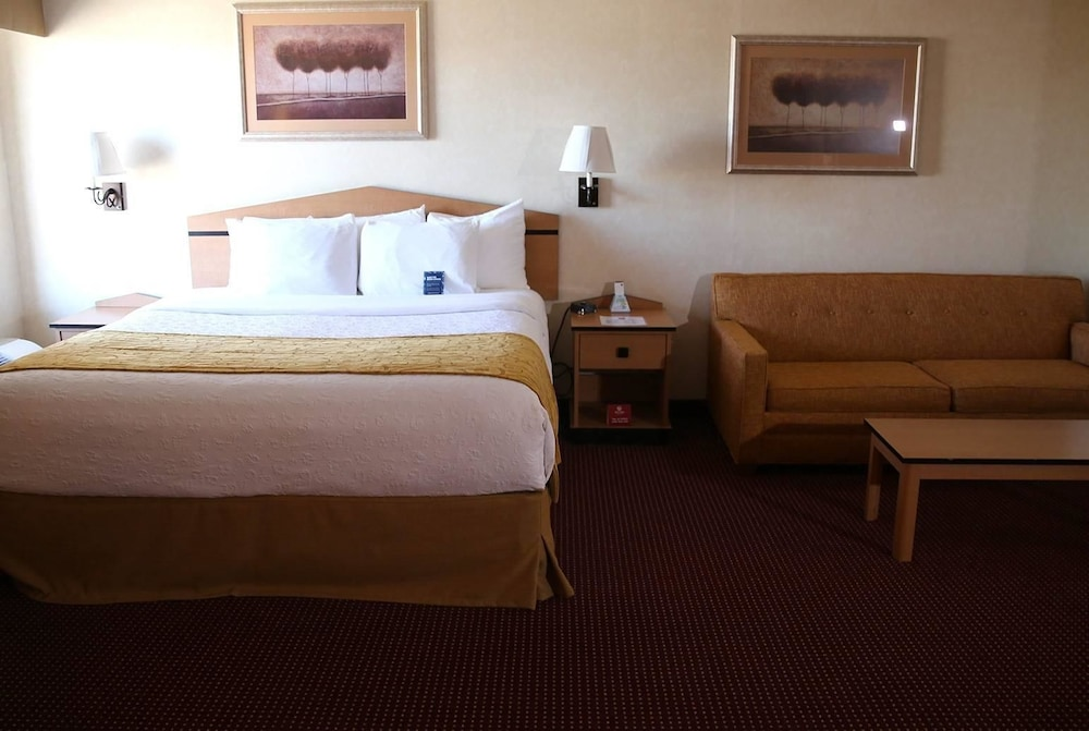 Room, AmericInn by Wyndham Denver Airport