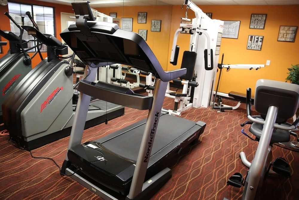 Fitness Facility, AmericInn by Wyndham Denver Airport