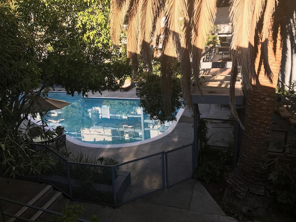 Highland Gardens Hotel Hollywood Usa Expedia