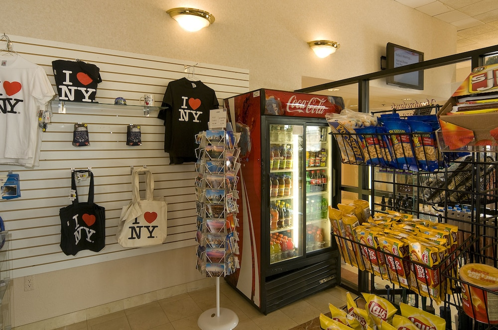 Gift Shop, Meadowlands Plaza Hotel