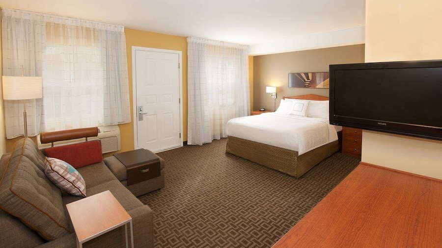 Towneplace Suites By Marriott Seattle Southcenter