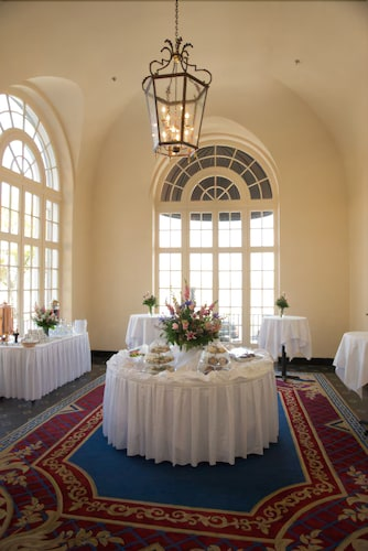 Indoor Wedding, The Terrace Hotel