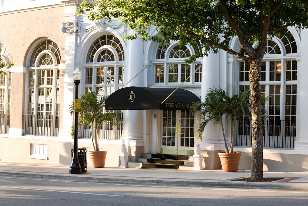 Front of Property, The Terrace Hotel