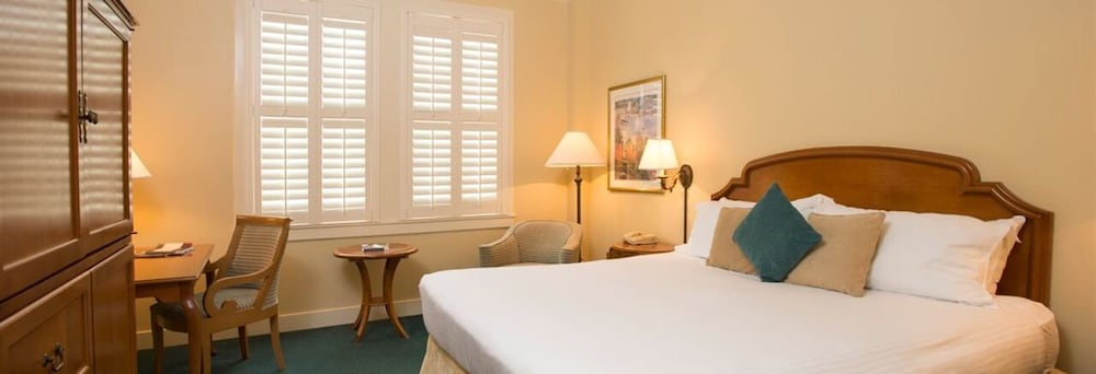 Book the terrace hotel lakeland hotel deals for Lakeland hotel terrace