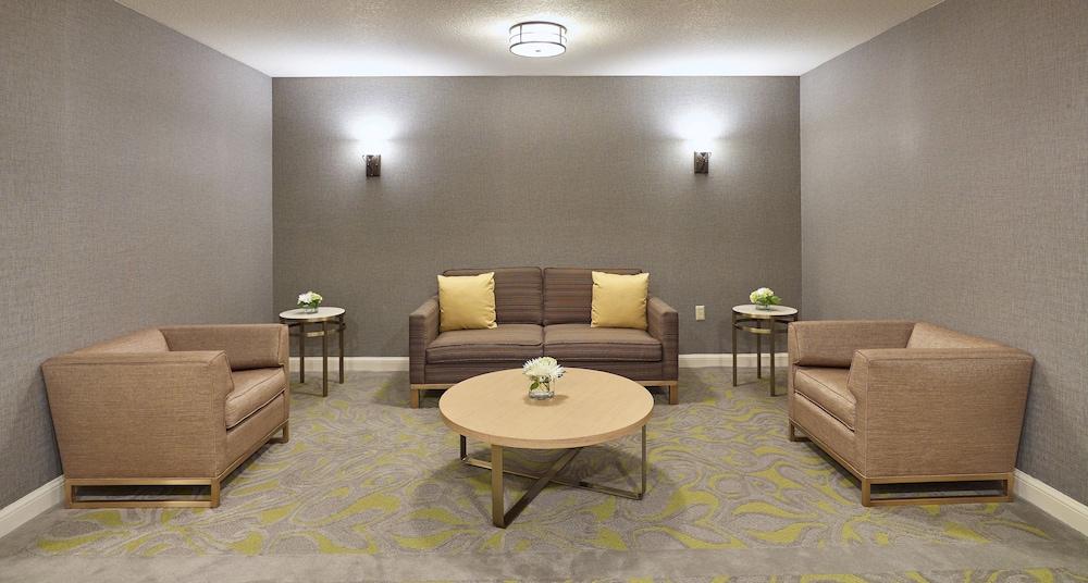 Hilton Garden Inn Portland Beaverton 2019 Room Prices 104 Deals