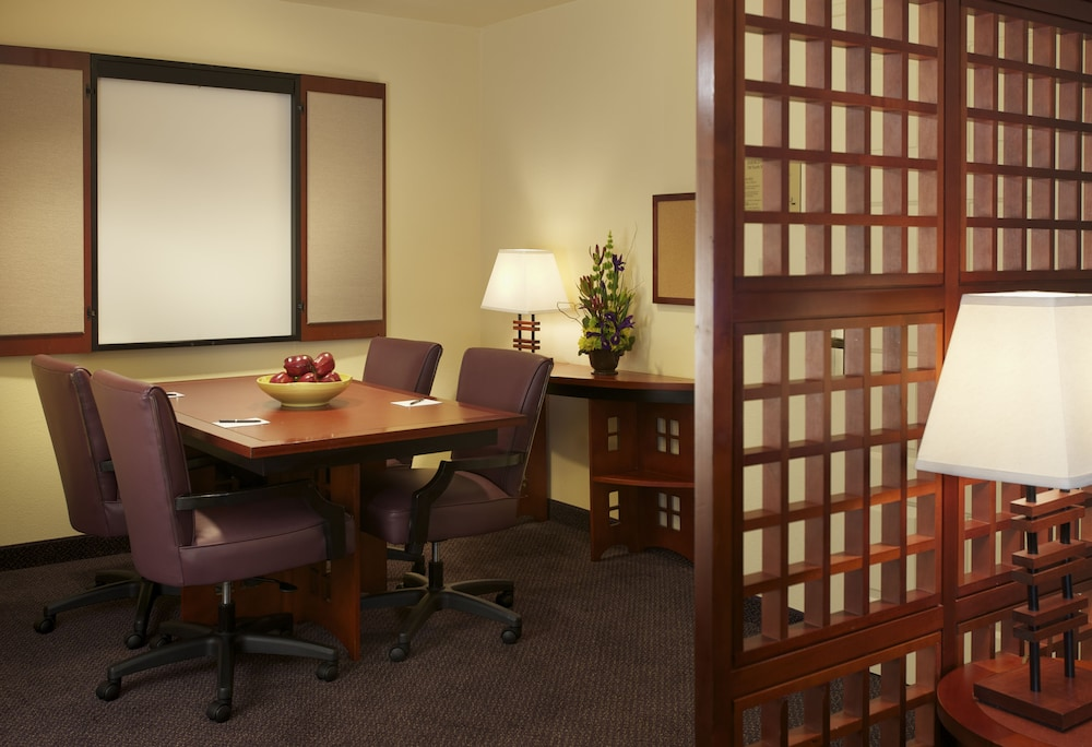 In-Room Business Center, Larkspur Landing Renton - An All-Suite Hotel