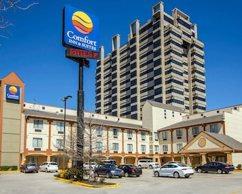Comfort Inn & Suites Love Field - Dallas Market Center