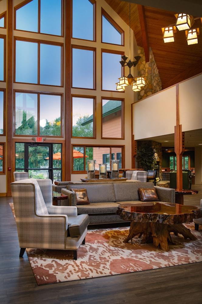 Comfort Suites In Hayward Hotel Rates Reviews On Orbitz
