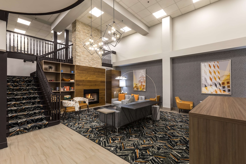 Lobby, Country Inn & Suites by Radisson, Lake Norman Huntersville, NC