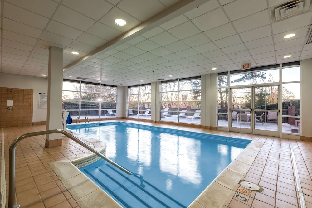 Indoor Pool, Country Inn & Suites by Radisson, Lake Norman Huntersville, NC
