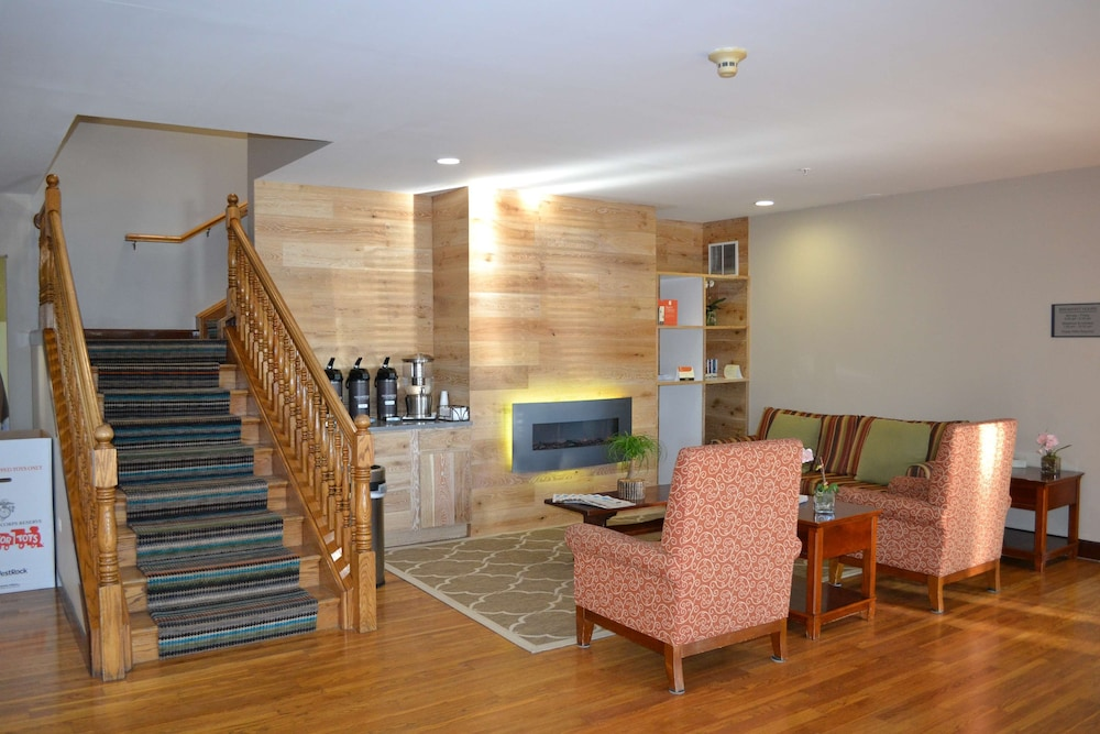 Lobby, Country Inn & Suites by Radisson, Gurnee, IL