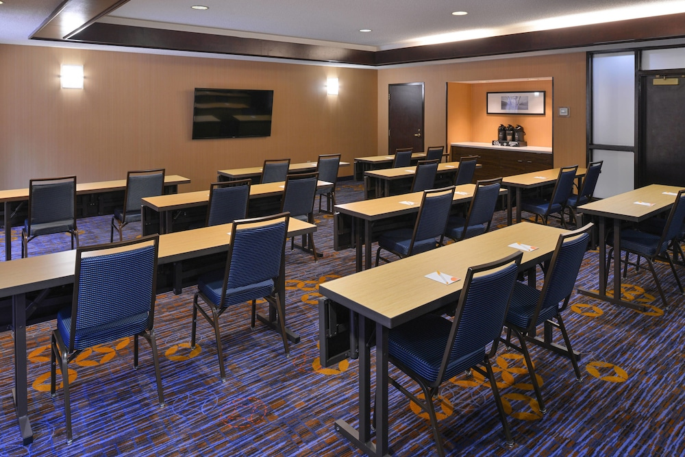 Meeting Facility, Courtyard Suwanee by Marriott