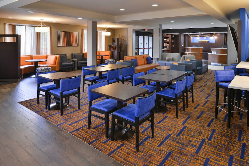 Restaurant, Courtyard Suwanee by Marriott