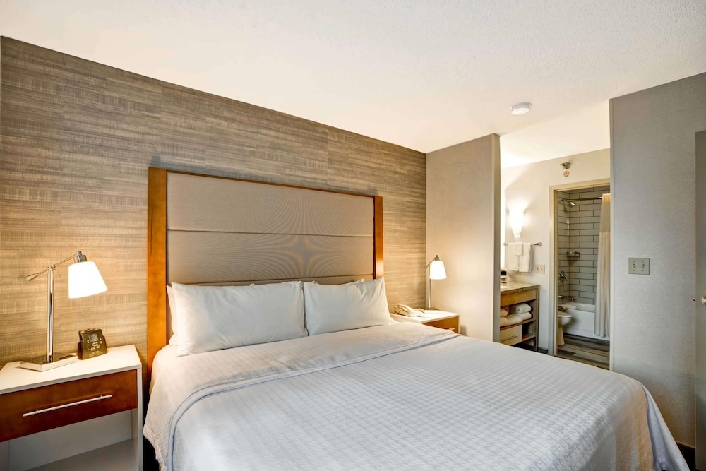 Room, Homewood Suites by Hilton Chicago Downtown