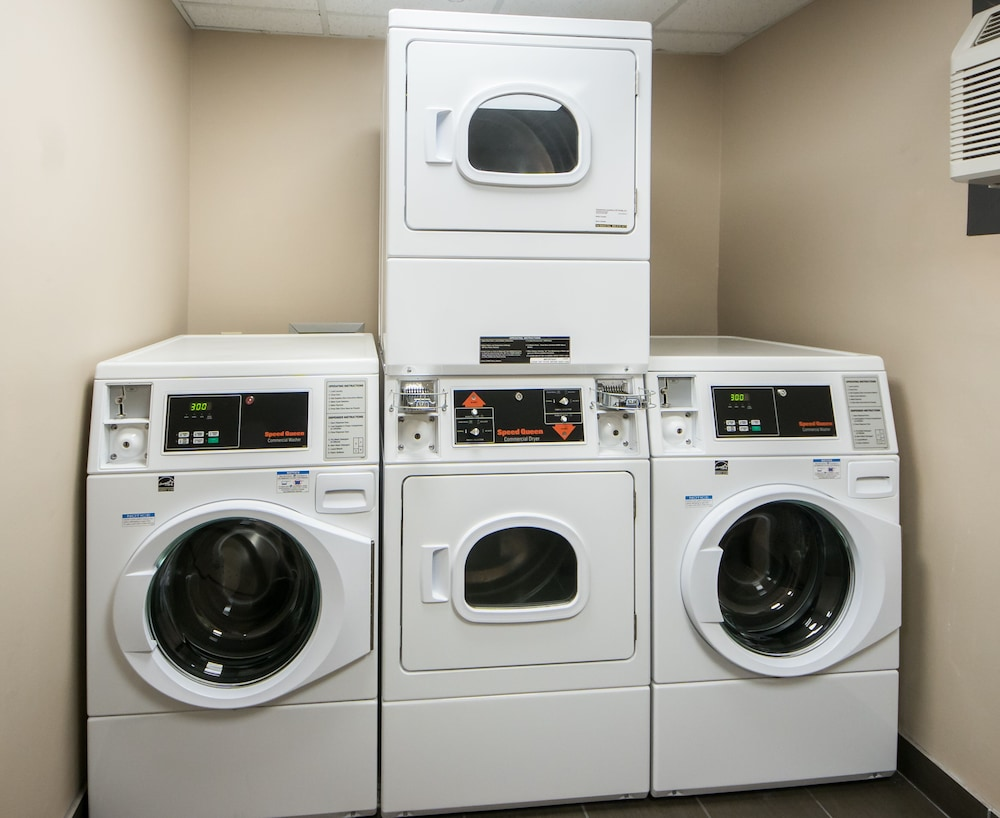 Laundry Room, Hampton Inn Lakeland