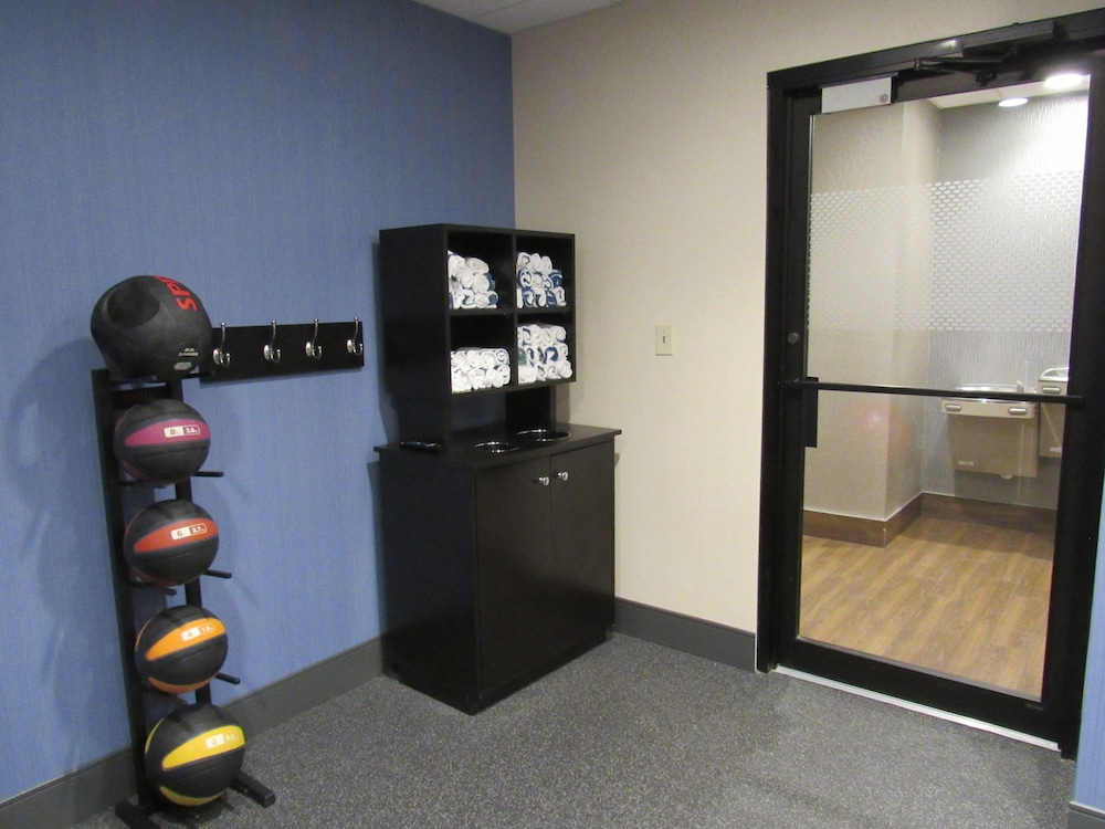 Fitness Facility, Hampton Inn Lakeland