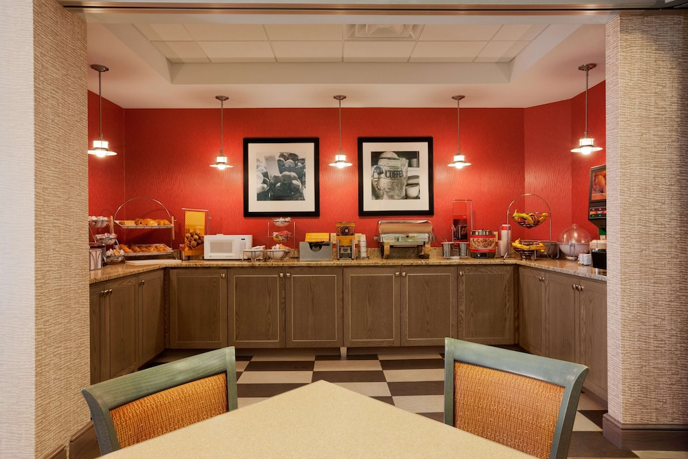 Restaurant, Hampton Inn Freeport/Brunswick