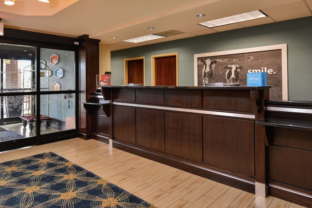 Reception, Hampton Inn Raleigh/Clayton I-40