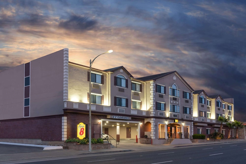 Featured Image, Super 8 by Wyndham San Bruno /SF Intl Arpt West