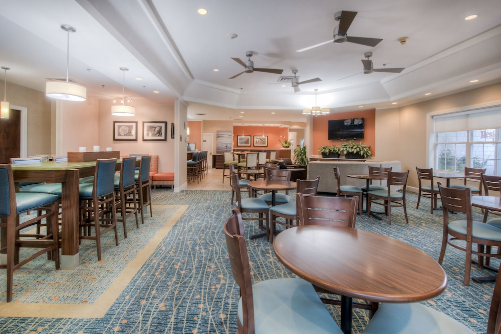 Breakfast Area, Residence Inn by Marriott Wilmington Landfall