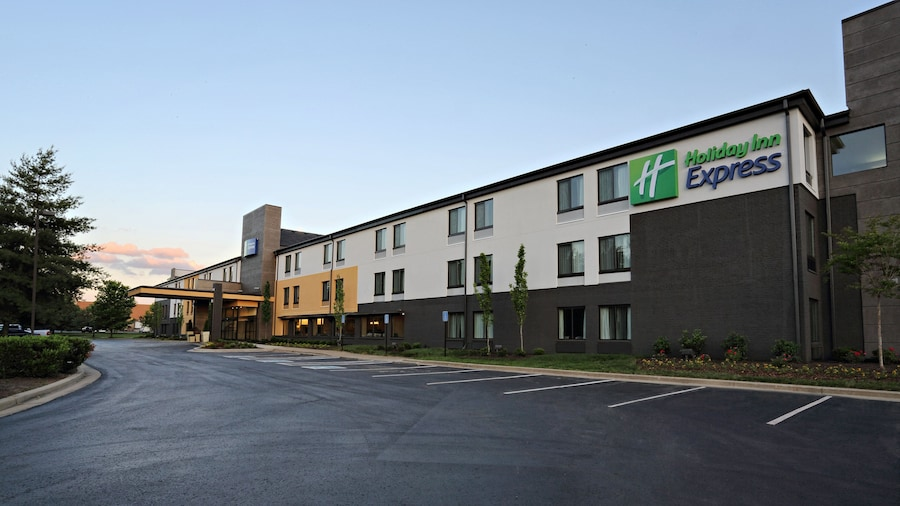 Holiday Inn Express Brentwood South - Cool Springs, an IHG Hotel