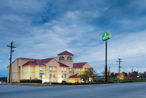 La Quinta Inn & Suites by Wyndham Lexington South / Hamburg
