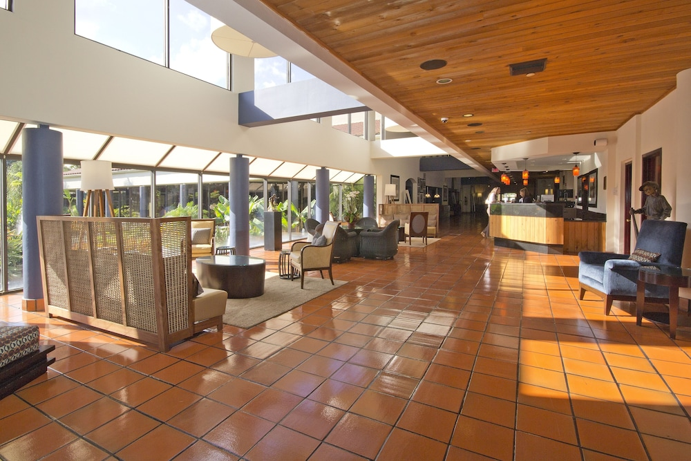 Street View Featured Image Lobby