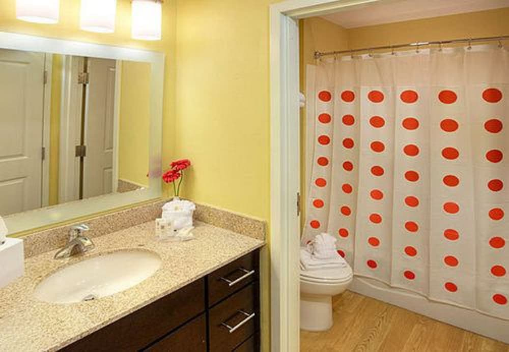 Bathroom, Towneplace Suites By Marriott Findlay