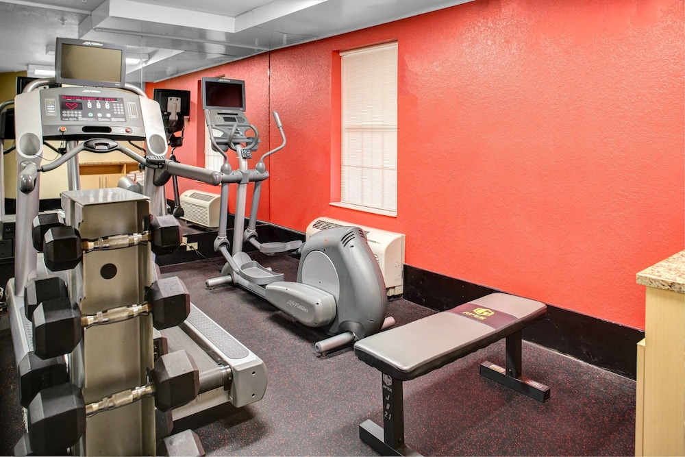 Fitness Facility, Towneplace Suites By Marriott Findlay