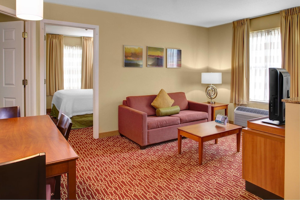 Room, Towneplace Suites By Marriott Findlay