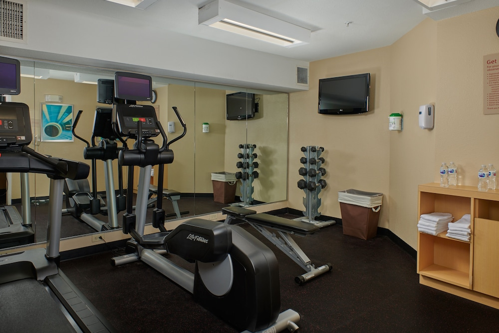 Fitness Facility, TownePlace Suites by Marriott Tampa North/I-75 Fletcher