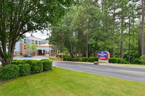 Pinehurst, North Carolina Hotels from $79! - Cheap Hotel Deals ...