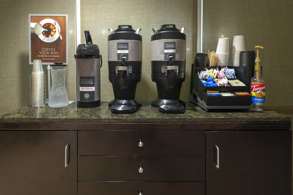 Food and Drink, Springhill Suites Memphis East / Galleria