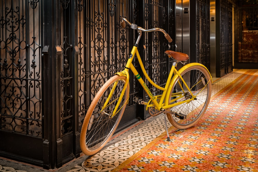 Bicycling, Staypineapple, An Iconic Hotel, The Loop