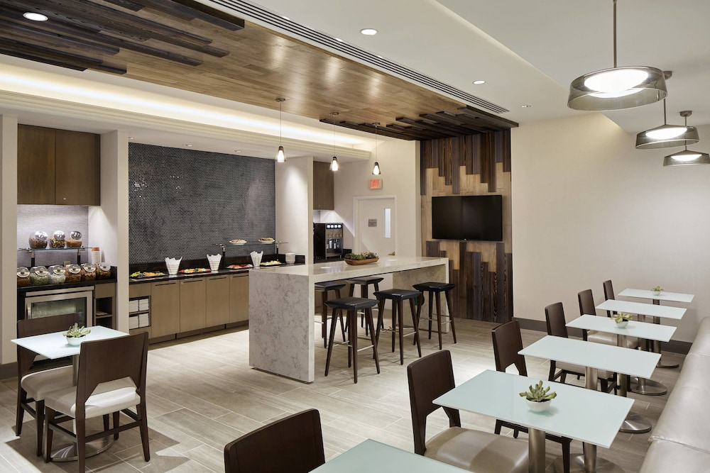 Bar, Marriott Cincinnati Airport